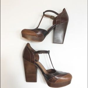 Lucky Brand Ronda Brown Leather T-Strap Heels